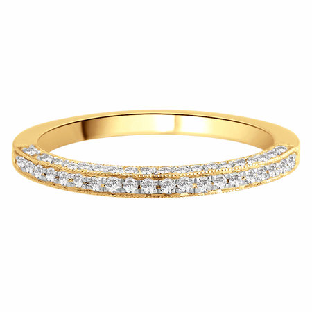 Channel claw set round brilliant cut diamonds set half way around the band on the top and the sides of the band in yellow gold\\n\\n11/03/2016 17:00